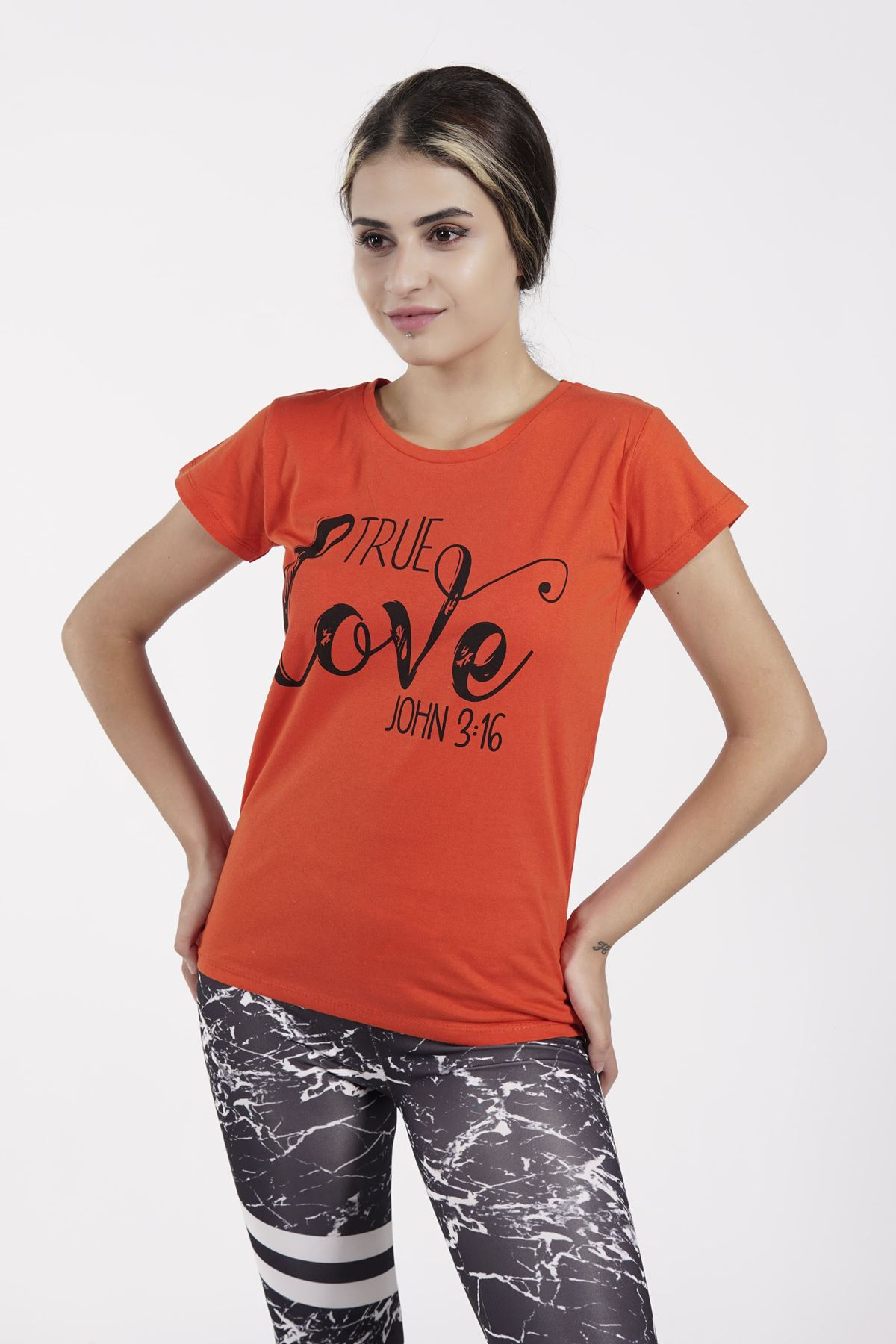 True Love Baskılı Turuncu  Bayan T-shirt